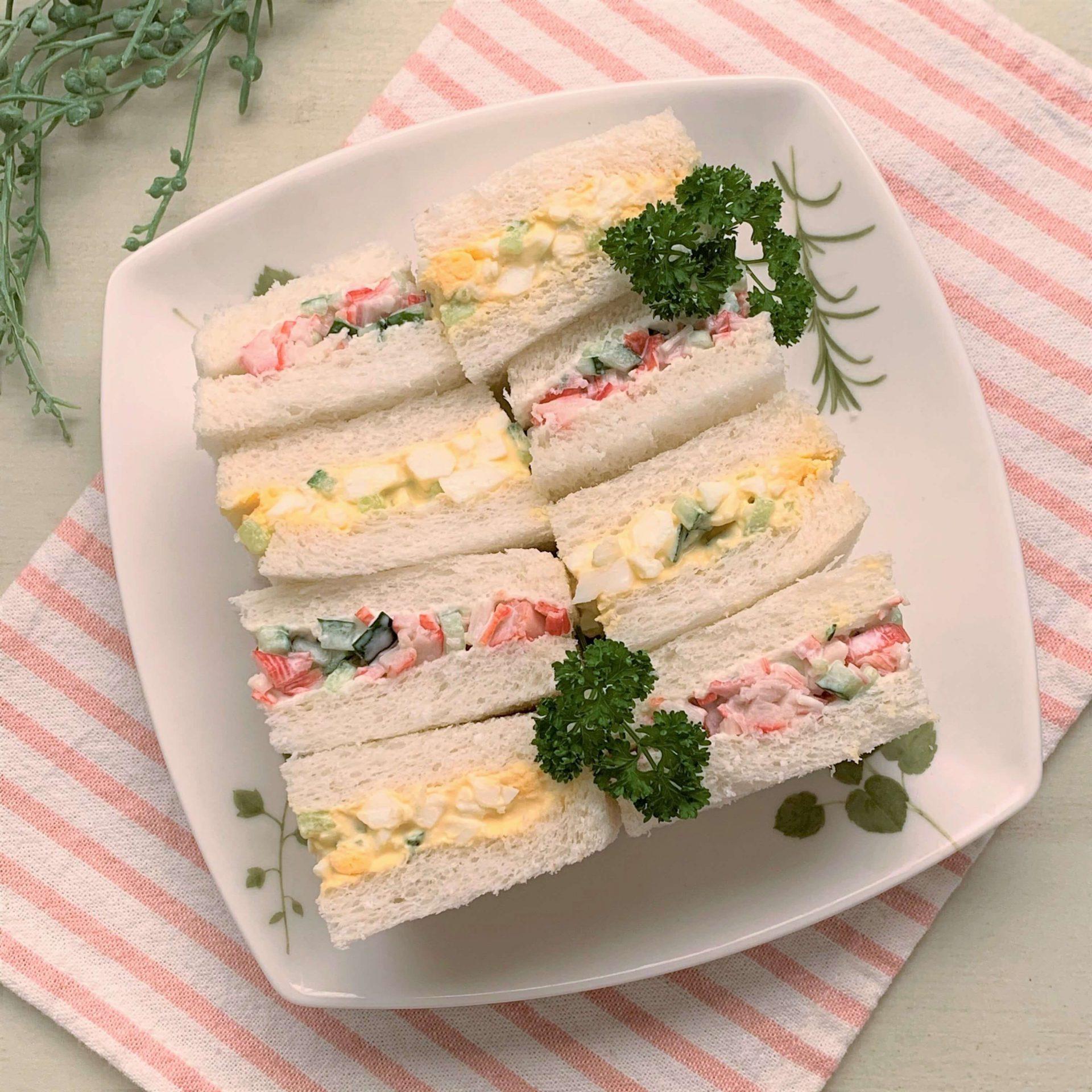 幼児も食べやすい☆カニかまと卵のサンドイッチ