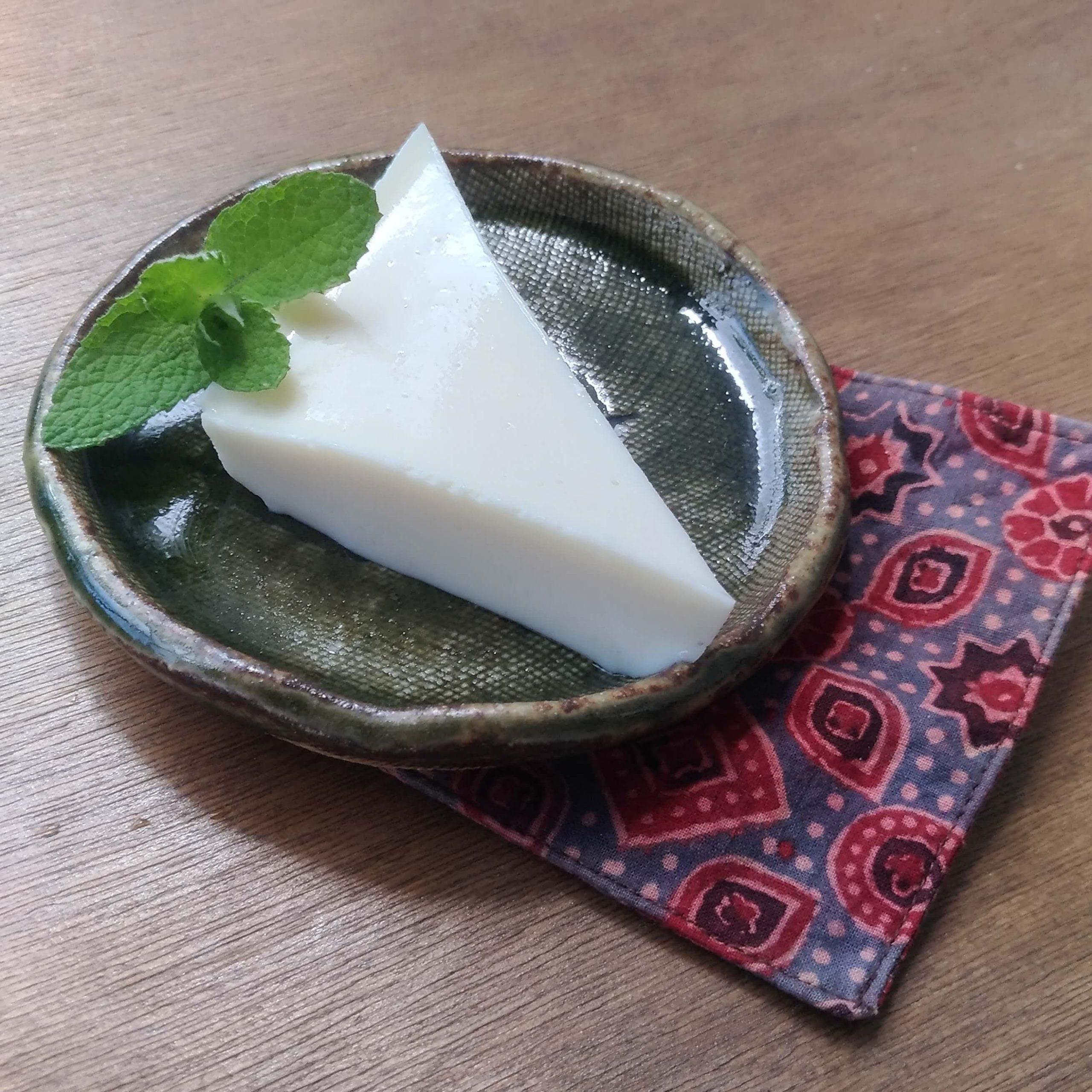 豆腐と発酵食品のレアチーズケーキ風